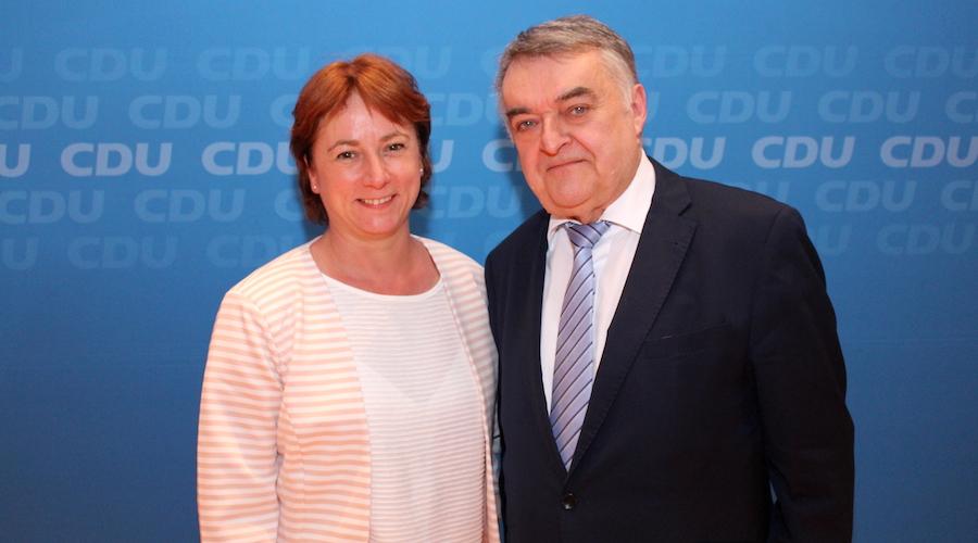 Bianca Winkelmann MdL und NRW-Innenminister Herbert Reul (Archivbild)